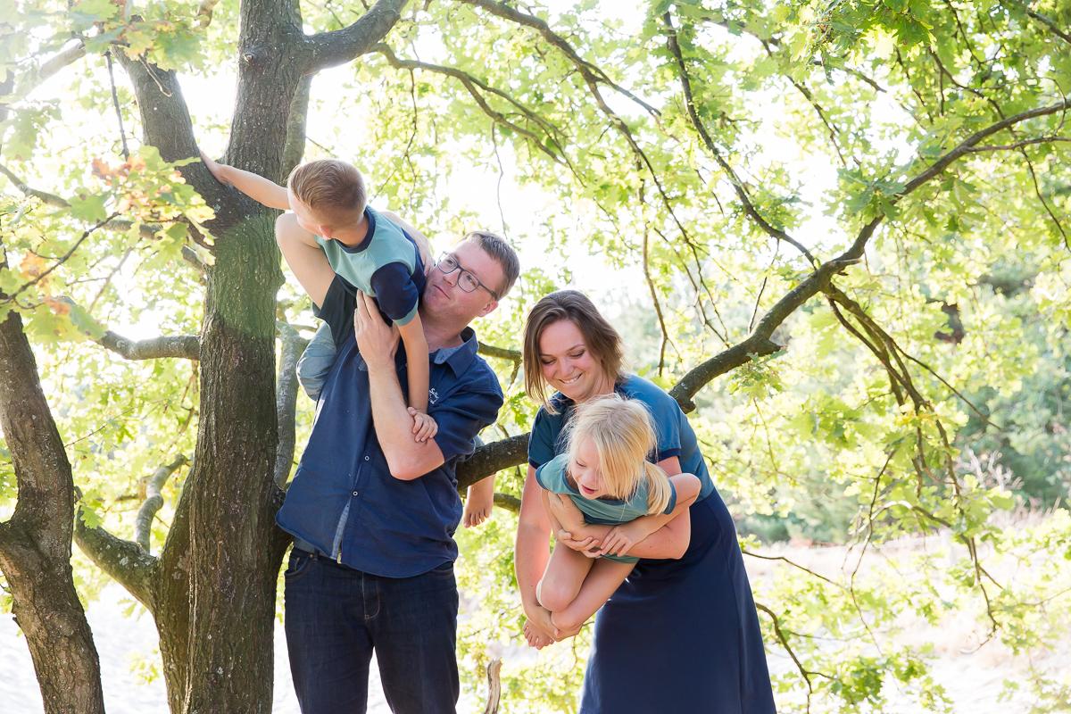 Fotosessie gezin door Dasja Dijkstra van Das' Knuss Fotografie