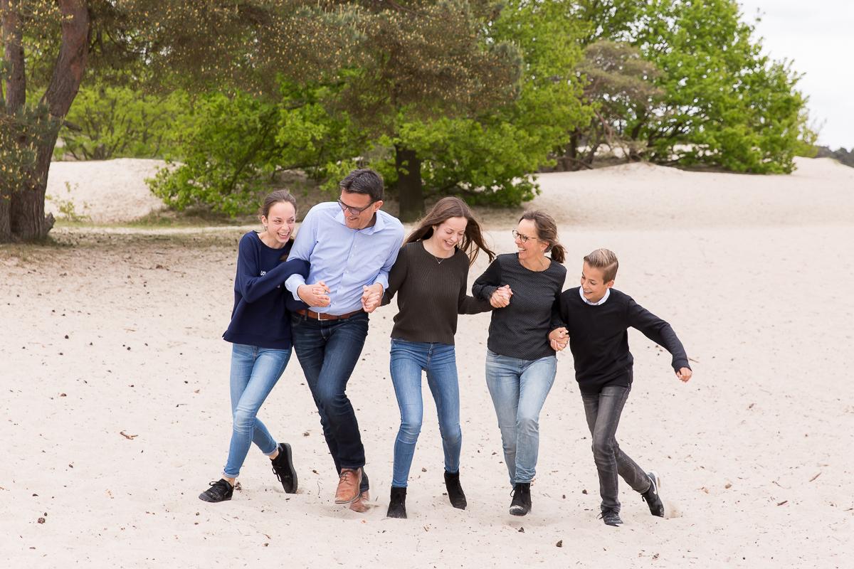 Familie fotosessie door Dasja Dijkstra van Das' Knuss Fotografie